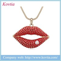 2015 hot new products women sexy red mouth necklace crystal lip pendant necklace, gold chucky chain necklace