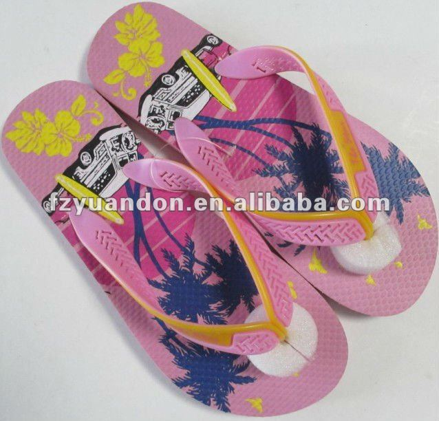 Eco-friendly 2013 latest promotional fashion modern cheap comfortable havainas flip flop slide sandal for girl and women