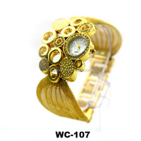 2014 The latest plant design watches gold watch for ladies