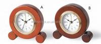 2016 promotional gift alarm desk clock flexible shape wood decor table clock