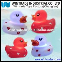 LED Heart Rubber Duck Set, Flashing bath duck with light