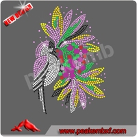 Cheap price hot fix flower rhineston motif for clothing