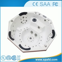 CE&FCC&SAA massage bathtub with jets tv made in china factory