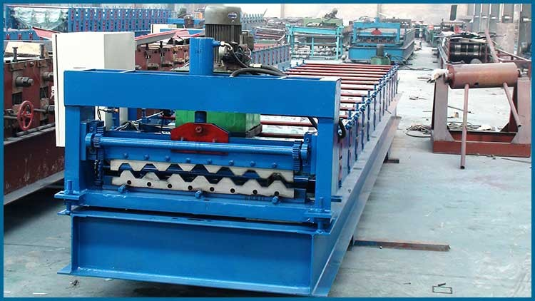 35-125-750 steel roofing sheet roof panel forming machine