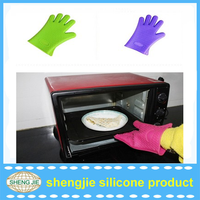 On Sale!2016 Amazon Selling Hotest heat insulating FDA silicone oven gloves