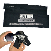 Personalized and fashionable LOGO printing black microfiber clean sunglasses cloth