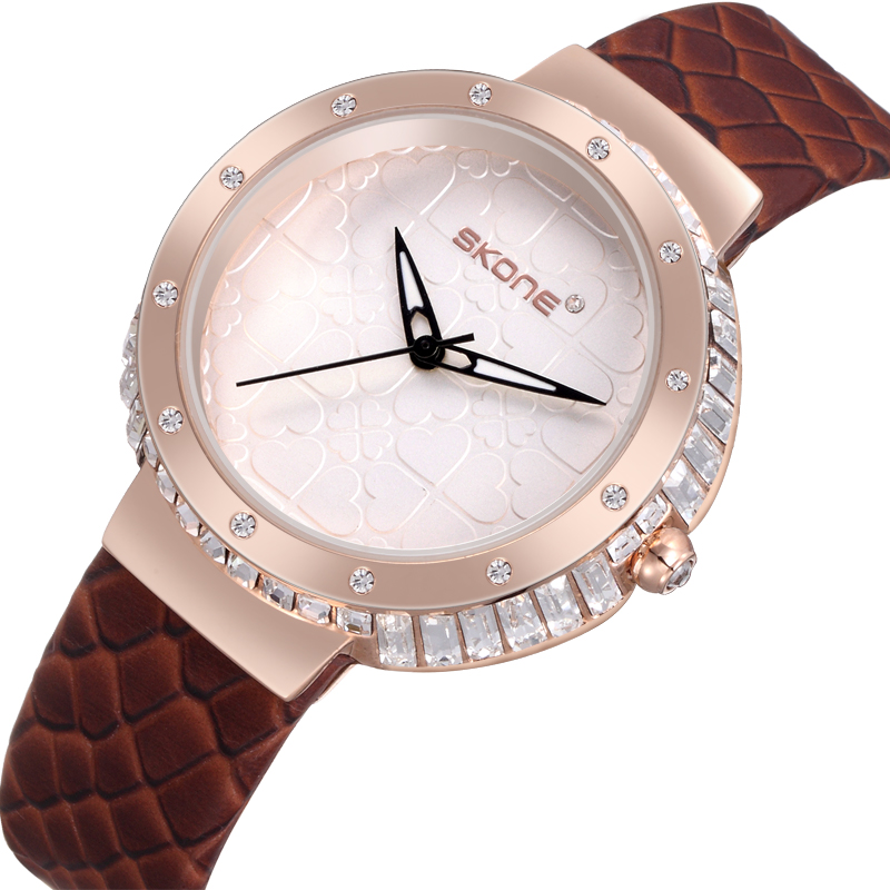 Fashionable jeweley new lady dress fancy women genuine leather strap description of wrist watch