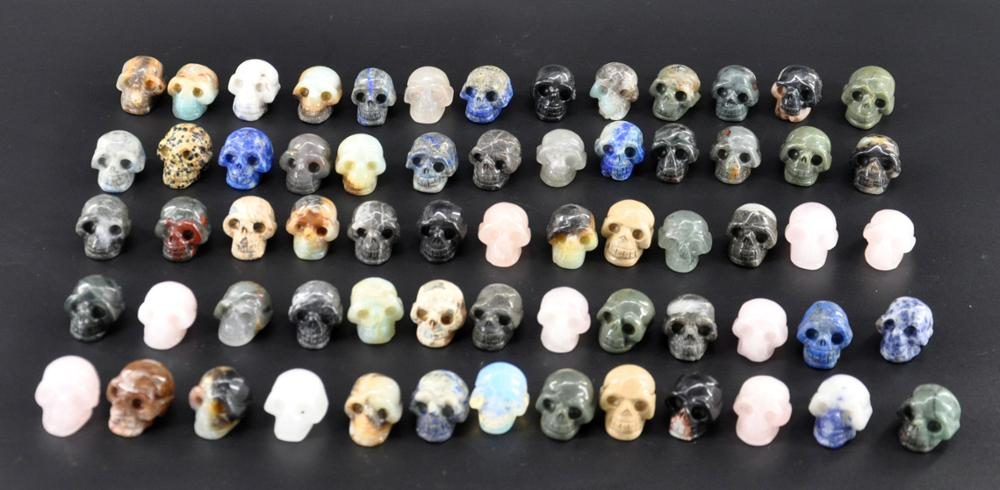 Wholesale quartz crystal stone skull for sale, natural carved crystal skull for decor Fengshui