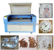 NC-F1810 Fabric Cotton material Laser Cutting Machine 100W Auto-feeding