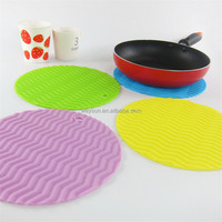 Silicone Drink Place Mats Round Table Cushion Wave Designing Anti Slip Pot Holder Waterproof Coaster