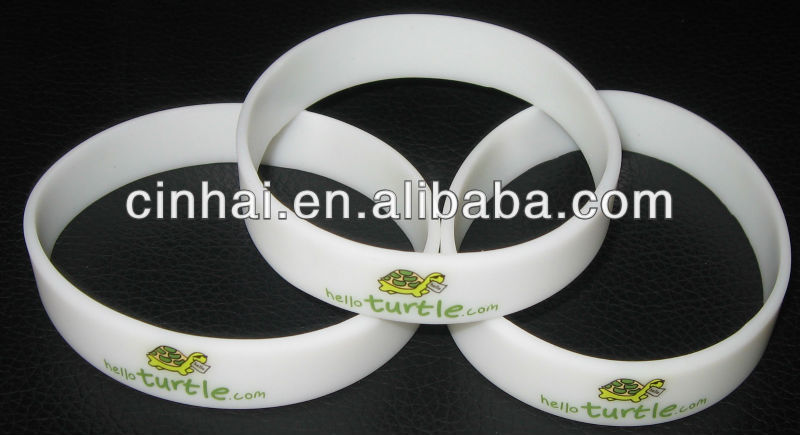 the cheapest custom logo fun loom silicone rubber wristband