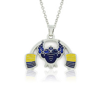 China Supplier Zinc Alloy Enameled Muscle Man Weightlifting Sports Pendant Necklace Jewelry