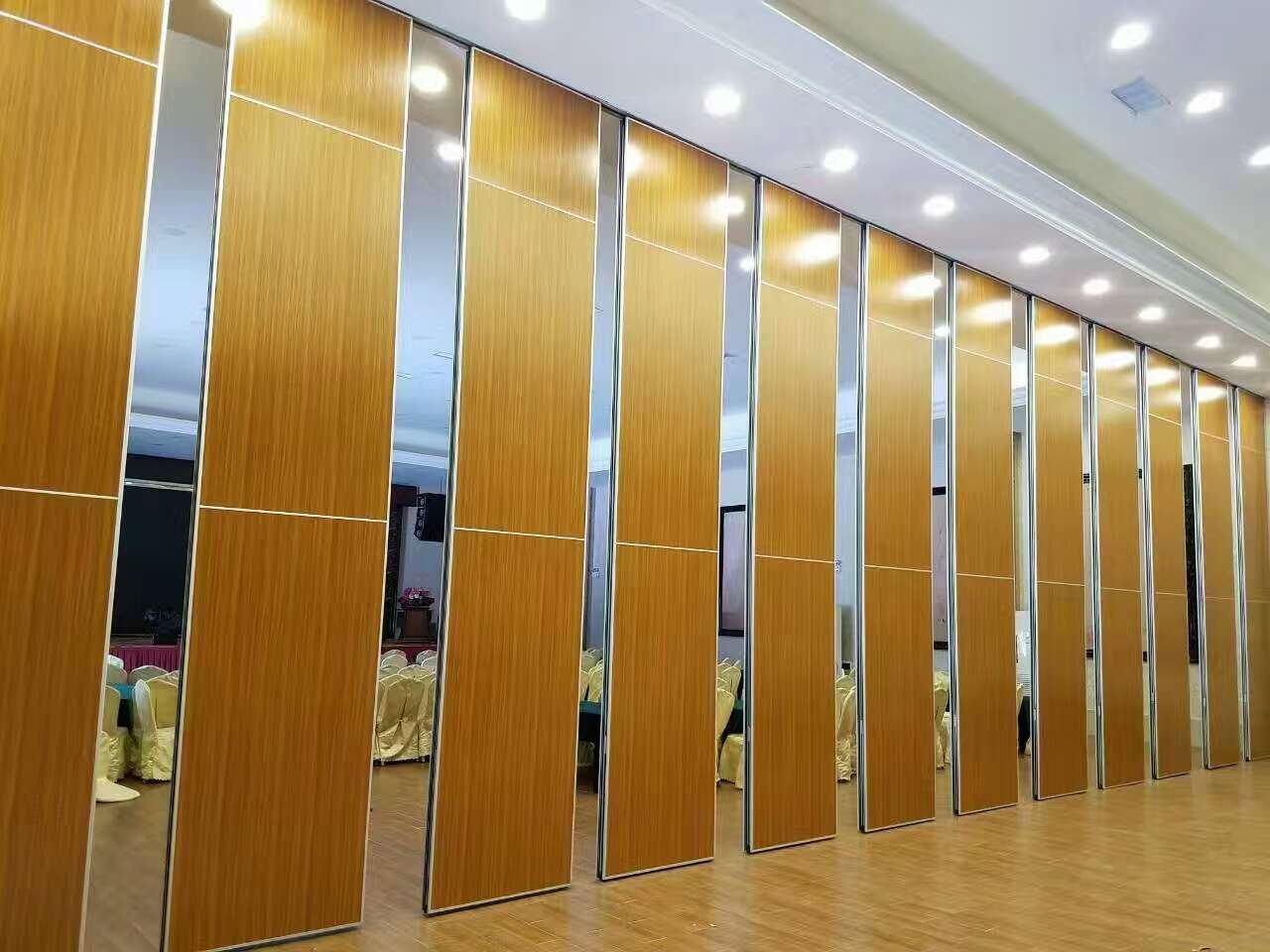 Manufacturer Partition Wall to Sri Lanka Fireproof Board for Conference Center
