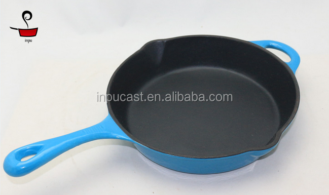 Pre-seasoned non-stick cast iron skillet