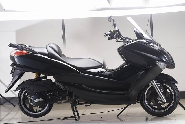 EEC 125cc/150cc gas scooter