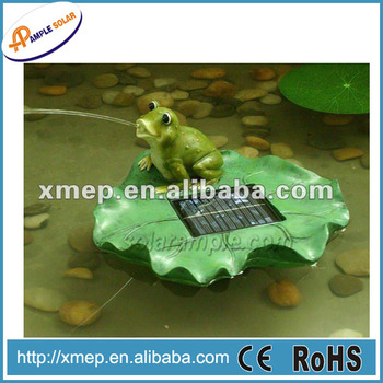 Polyresin frog floating solar pool fountain