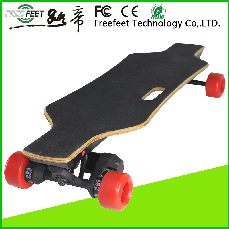 Wholesale Customized logo accepted electric motocycle four wheel electric sport skateboard with remote control