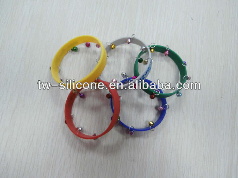 Personalized Printing Silicone Bracelets With Jingle Bells