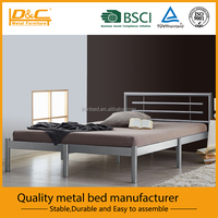 Simple changeable headboard metal bed frame
