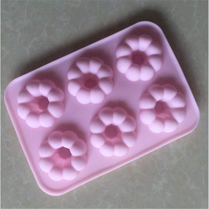 6 Cavity Round Flower Silicone Donut Pan , Silicone Pumpkin Cake Mold