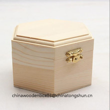 Low price plain jewelry box with gold lock for sale