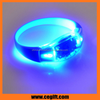 supply low cost gleamy led flashlight wristband Fashion Funny Party light up led Bracelet