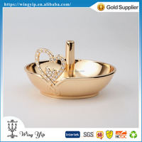 Tailor made good quality Free sample Wedding gift Classic Metal Ring holder