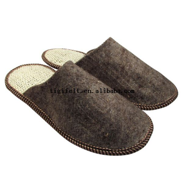 wool felt / polyester felt slippers in high quality