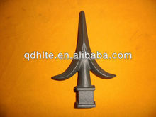 China factory manufacturer hand forged spear heads design Ornamental wrought iron spear finial