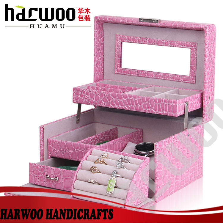 Charming Pink Leather Cosmetic Jewelry Case For Gift