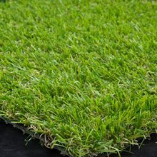 Attractive and durable professional boarding kennels artificial lawn