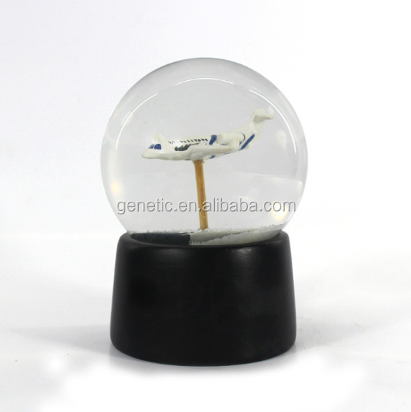 Best Selling Plane Snow Globe Creative Water Globe for Home Decoration Snow Flake Crystal Ball for Souvenir