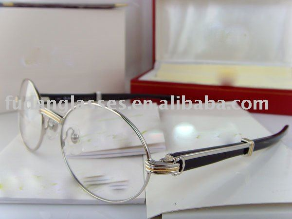 CT 2545708 original buffalo horn Brand name Wooden eyeglasses fashion eyewear optical frame