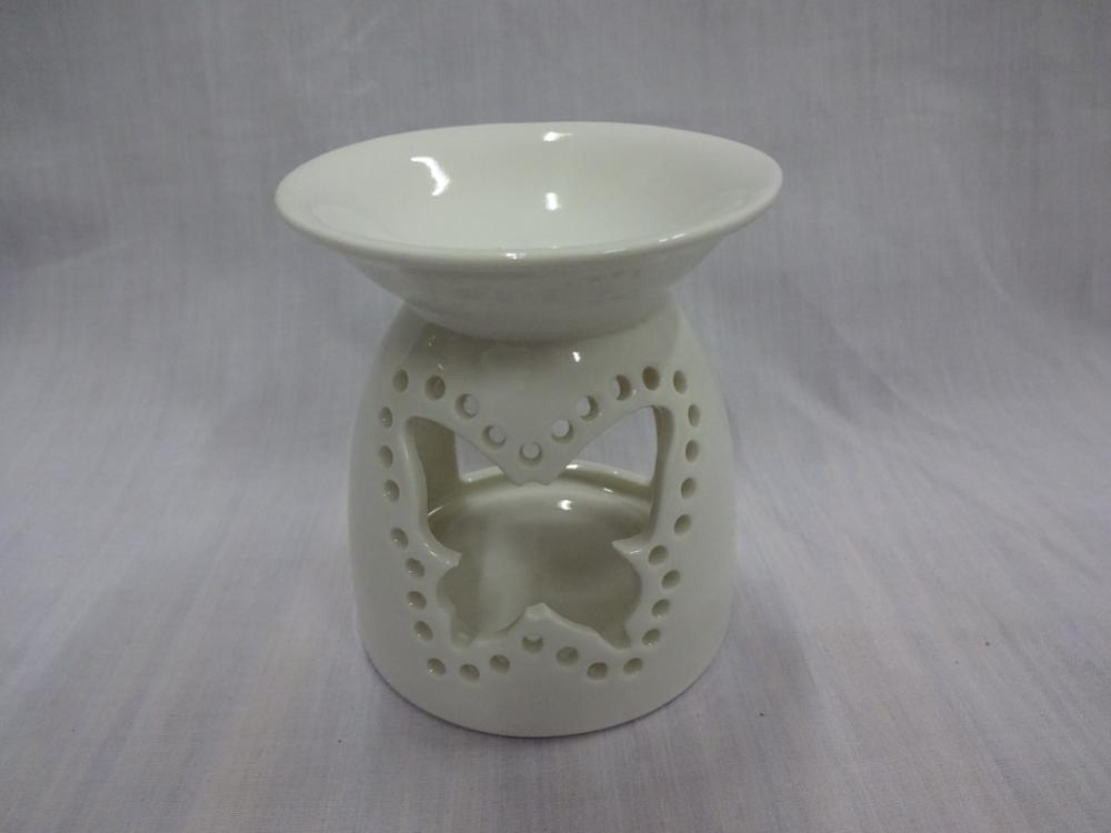 2017 Eco-Friendly Elegant White Hollow Design Decorative Ceramic Essential Oil Burners with Weaving