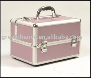 Aluminum beauty box vanity case salon nail tech makeup storage