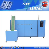 Manually stretch plastic blowing bottle molding machine