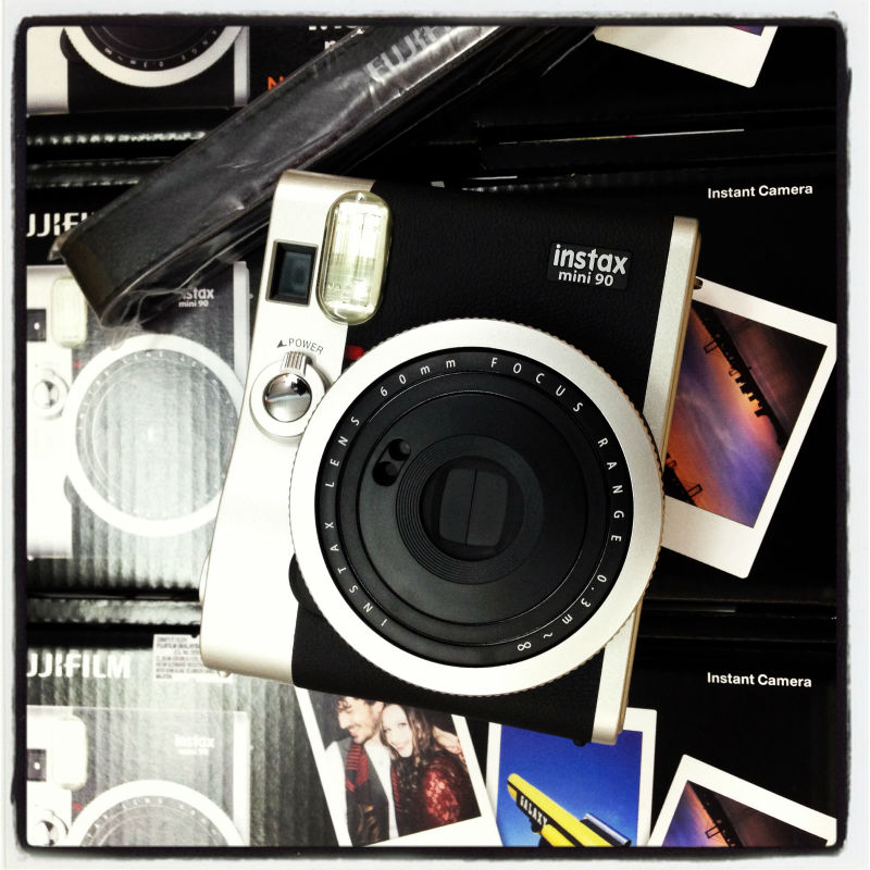 Fuji film Instax mini Camera instant Polaroid mini 90 Neo Classic
