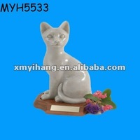 Ceramic white cat cremation Wholesale Pet Urns