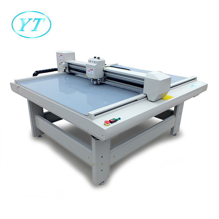 2018 New Machine Cardboard Paper Cutting Plotter