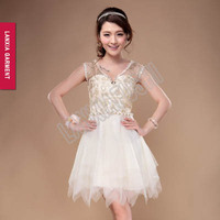 2016 Latest White Wedding Lace Dress Designs For Women Knee Length Bridesmaid Dress