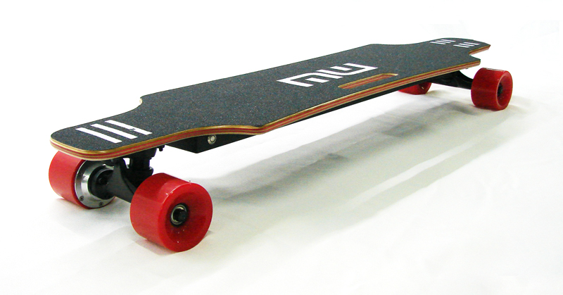 Cheap 20 mph 35 inch dual hub motor four wheel electric skateboard for sale