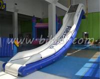 New design yacht water slide for commercial use, inflatable floating water slide D3050