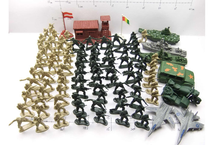 factory price wholesale army ABS small green plastic soldiers with EN71