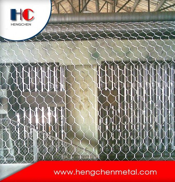 Anping hexagonal wire mesh box,gabion box hexagonal wire mesh factory, galvanized hexagonal wire mesh fencing