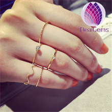 Latest Knuckle Tail Ring Designed with Plated Gold For Fashion Girls in Holiday