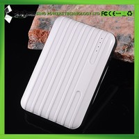 High quality portable power bank 9000mAh for iPhone and Samsung smartphones