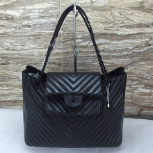 guangzhou handbag Wholesale fashion lamb leather designer women leather handbag , genuine leather bag
