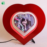 Two sides heart shaped magnetic levitation photo popular frame beer gifts