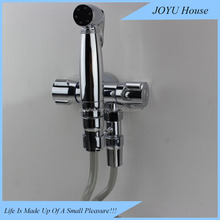 All copper tee into two Angle valve Tee double water double switch The toilet multi-functional syringe gun