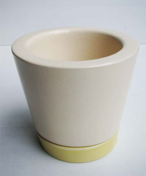 Ceramic Plant Pot with yellow saucer